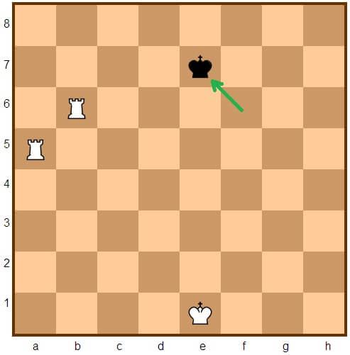 http://montes.cc/imagenes/Ajedrez/ajedrez0309.jpg