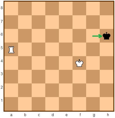 http://montes.cc/imagenes/Ajedrez/ajedrez0527.jpg